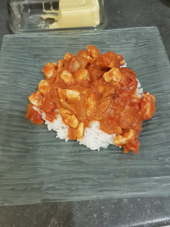 Poulet sauce tomate et beurre de cacahuète
